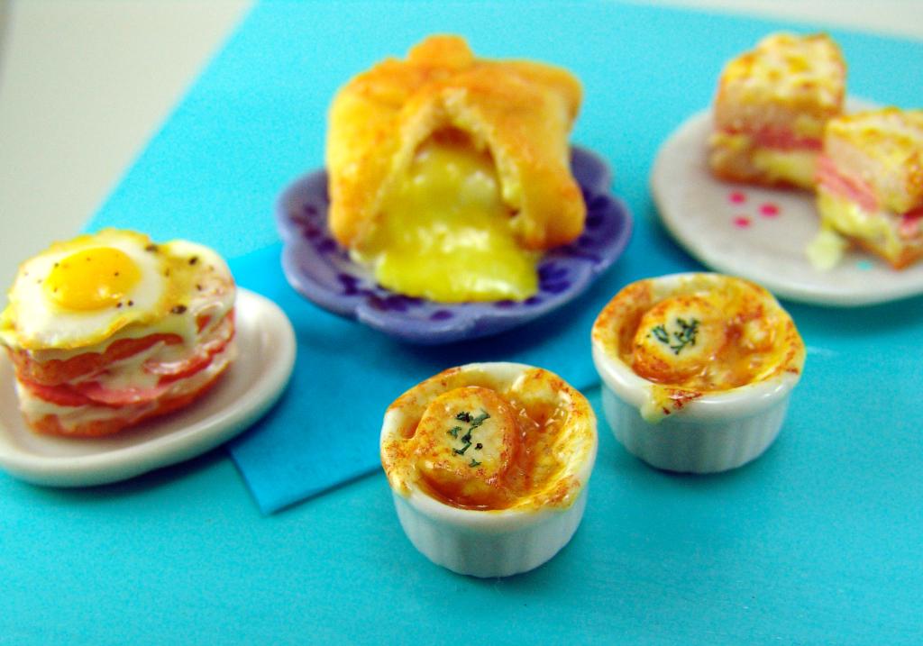 Dollhouse miniature soup The Mouse Market