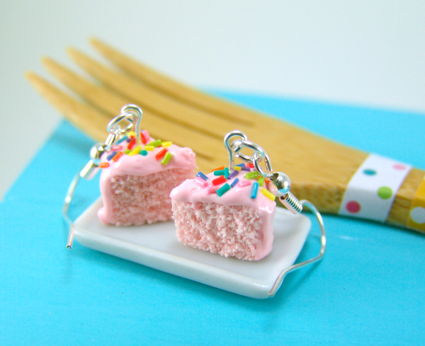 Strawberry cake earrings by The Mouse Market