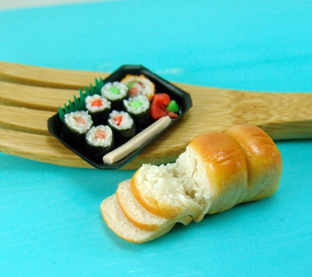 dollhouse miniature sushi