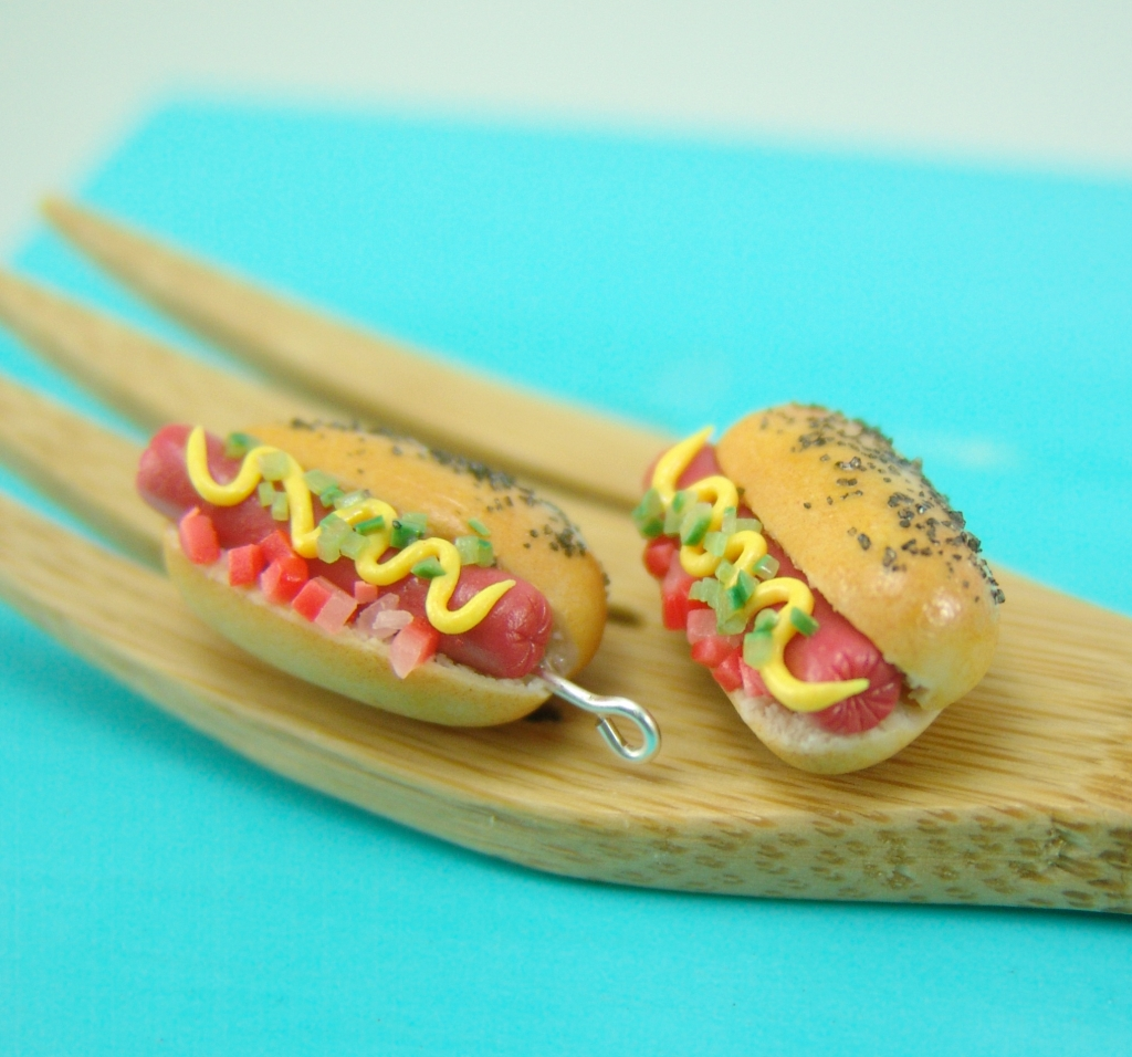 hot dog earrings by The Mouse Market