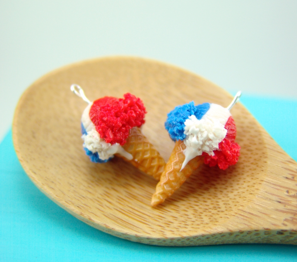 red, white and blue ice cream earrings by The Mouse Market