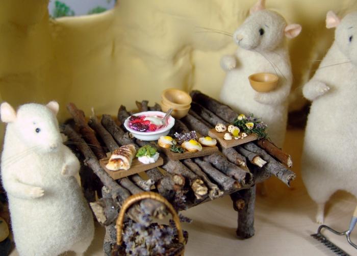 dollhouse miniature twig table