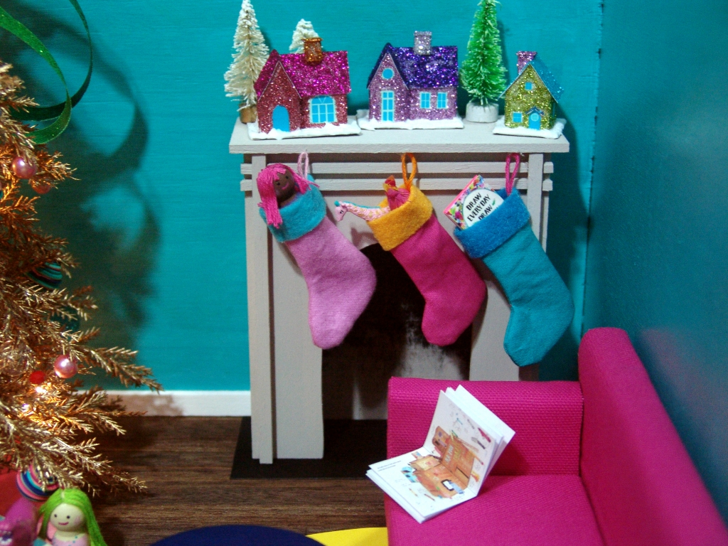 dollhouse miniature Christmas stockings by The Mouse Market
